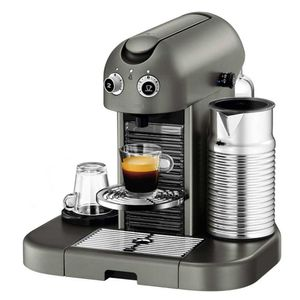 Cafeteira-Nespresso-Gran-Maestria-Titan