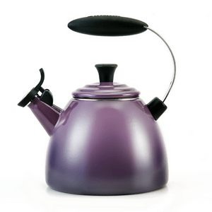 Chaleira-Le-Creuset-Halo-Cassis